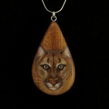 Cougar on Sappel Ribbon Wood Pendant